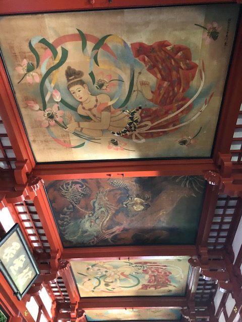 Techo de un templo japonés